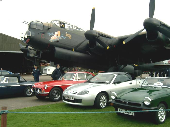 Lincs MGOC Oct 07 run our first rally I've been in the RAF for 12 years never thought for one moment that I would have a photo of the Silver Fox under the Lancaster. Wicked